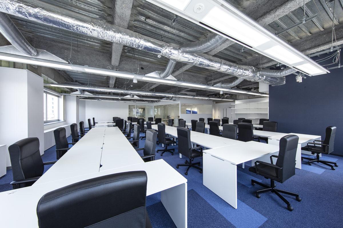 8階執務室